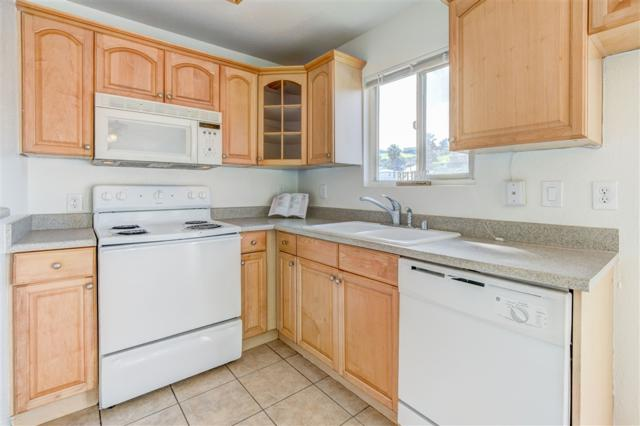 6434 Akins #510, San Diego, CA 92114 (#190013777) :: Welcome to San Diego Real Estate