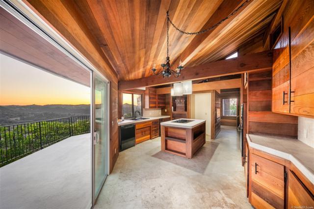 14315 Calle De Vista, Valley Center, CA 92082 (#190013991) :: Pugh | Tomasi & Associates