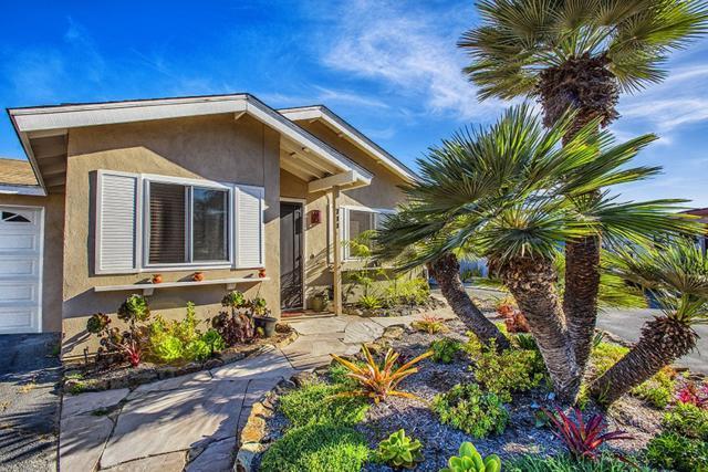 711 Teaberry St, Encinitas, CA 92024 (#190014001) :: Neuman & Neuman Real Estate Inc.