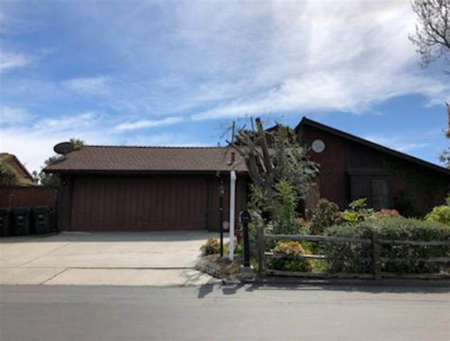 1054 Silver Stallion Dr, Vista, CA 92081 (#190014191) :: Welcome to San Diego Real Estate