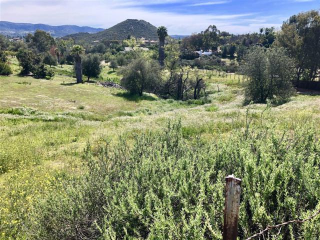 000 Villa Sierra Ln #18, Valley Center, CA 92082 (#190014242) :: Pugh | Tomasi & Associates