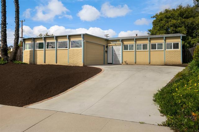 8204 Phyllis Pl, San Diego, CA 92123 (#190014546) :: Neuman & Neuman Real Estate Inc.