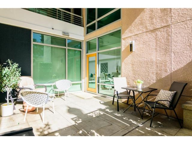 425 W Beech St #104, San Diego, CA 92101 (#190015440) :: Pugh | Tomasi & Associates