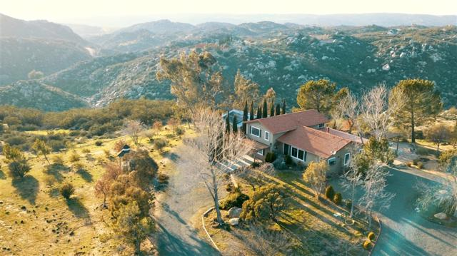 41430 Rolling Hills Dr, Aguanga, CA 92536 (#190016647) :: Neuman & Neuman Real Estate Inc.
