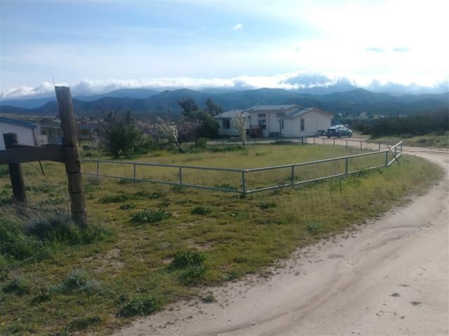 27680 Skyway Drive, Ranchita, CA 92066 (#190018696) :: Whissel Realty