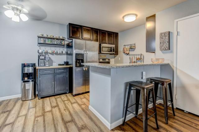 3549 Castle Glen Drive #109, San Diego, CA 92123 (#190019023) :: Whissel Realty