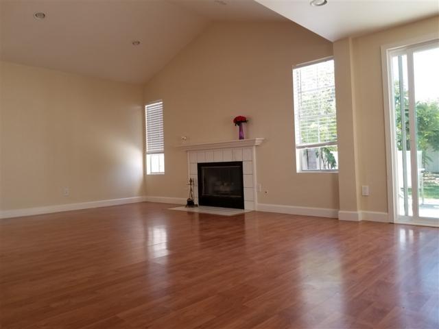 10678 Rancho Carmel Dr., San Diego, CA 92128 (#190020689) :: Coldwell Banker Residential Brokerage