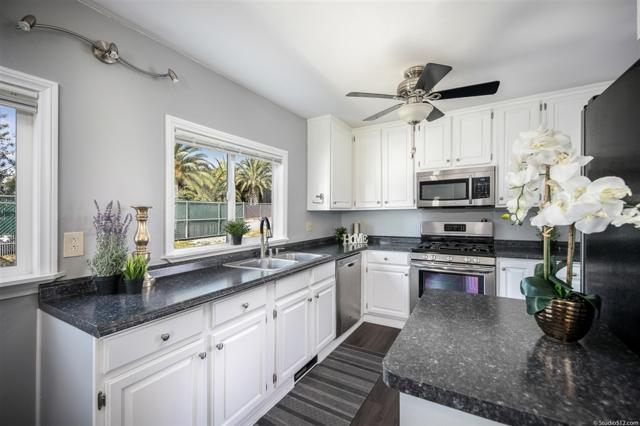 28436 Sunset Rd, Valley Center, CA 92082 (#190021060) :: The Yarbrough Group