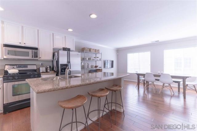 3734 Mykonos Lane #131 #131, San Diego, CA 92130 (#190021854) :: Neuman & Neuman Real Estate Inc.