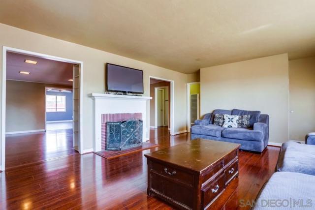303 S San Jacinto Dr, San Diego, CA 92114 (#190026553) :: Neuman & Neuman Real Estate Inc.
