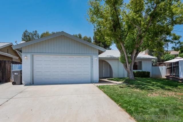 9994 Delia Ln, Santee, CA 92071 (#190026568) :: Neuman & Neuman Real Estate Inc.