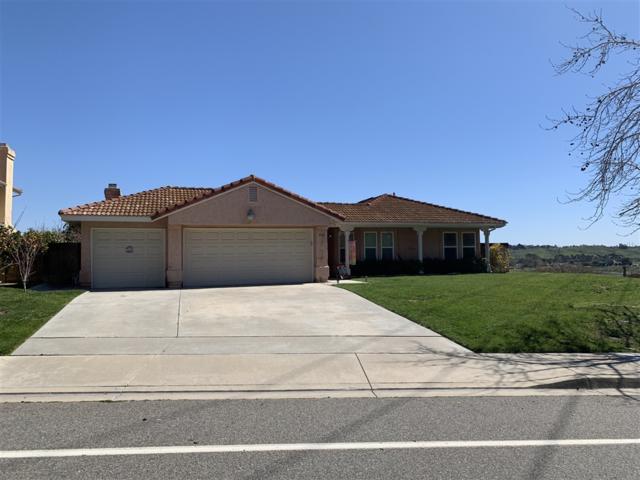 826 Rivertree Dr, Oceanside, CA 92058 (#190026628) :: Neuman & Neuman Real Estate Inc.