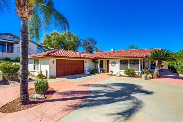 15268 Moonglow Drive, Ramona, CA 92065 (#190026759) :: Farland Realty
