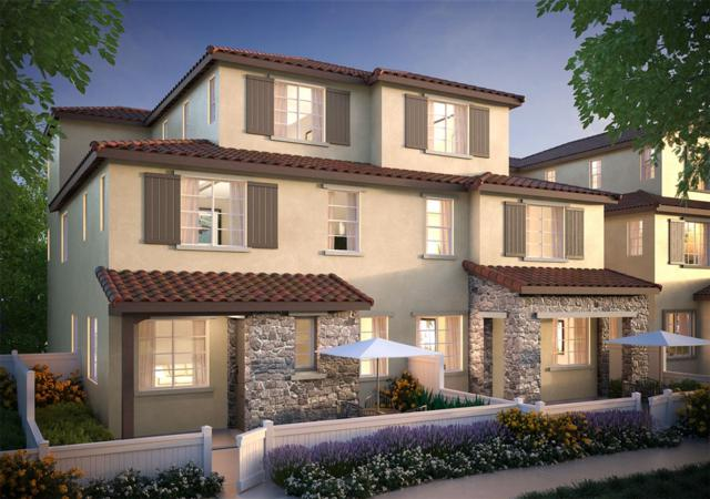 1713 Santa Christina Ave, Chula Vista, CA 91913 (#190027206) :: Whissel Realty