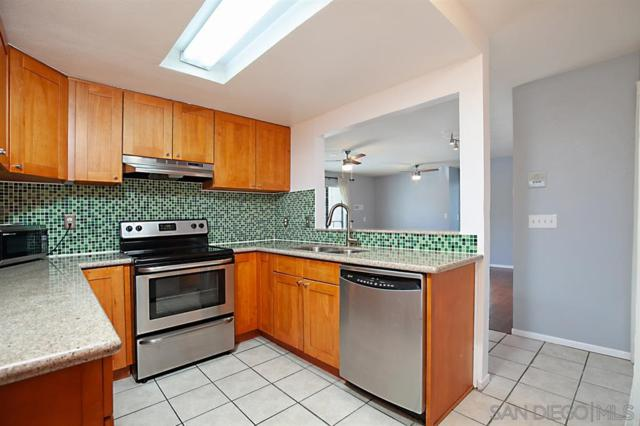 2950 Broadway #20, San Diego, CA 92102 (#190028038) :: Whissel Realty