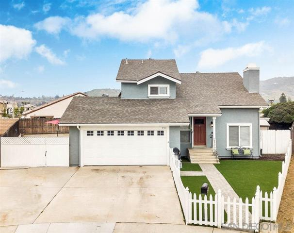 9511 Bundy Dr, Santee, CA 92071 (#190028119) :: Whissel Realty
