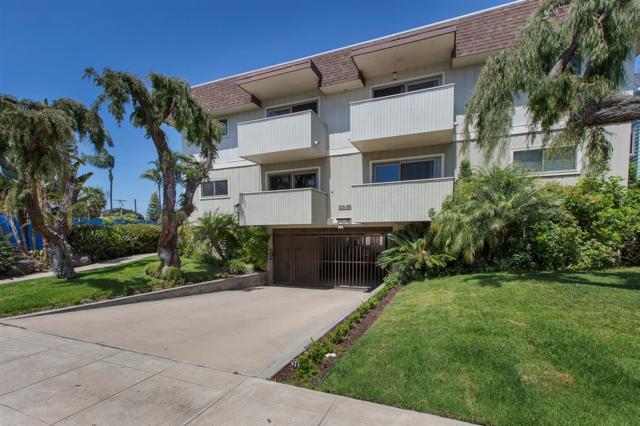 864 E Ave, Coronado, CA 92118 (#190028792) :: Whissel Realty