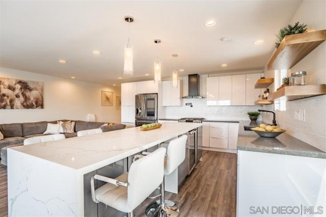 2733 Camino Del Mar, Del Mar, CA 92014 (#190031080) :: Neuman & Neuman Real Estate Inc.