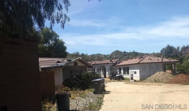 3369 Dehesa Road, El Cajon, CA 92019 (#190032117) :: Neuman & Neuman Real Estate Inc.