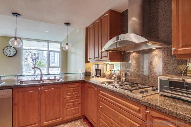 1199 Pacific Hwy #404, San Diego, CA 92101 (#190032263) :: Neuman & Neuman Real Estate Inc.