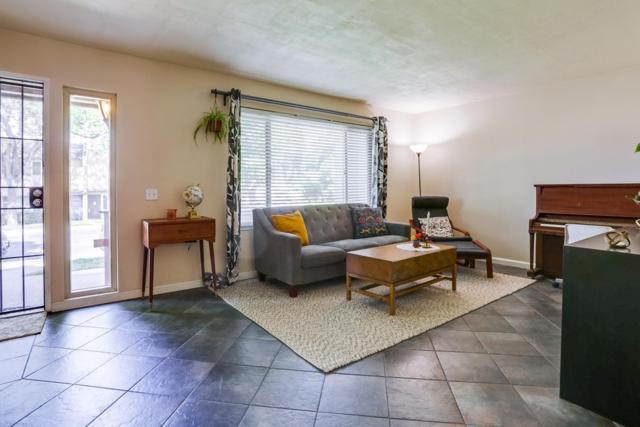 10511 Kerrigan Ct, Santee, CA 92071 (#190032680) :: Coldwell Banker Residential Brokerage