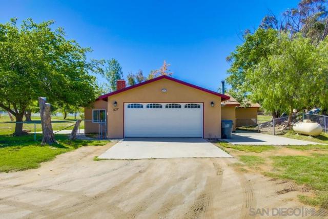 537 Amigos Rd, Ramona, CA 92065 (#190033103) :: Neuman & Neuman Real Estate Inc.