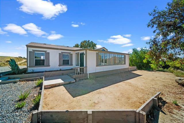 38065 Via Lobato, Temecula, CA 92592 (#190036177) :: Neuman & Neuman Real Estate Inc.
