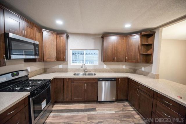 9255 N Magnolia #81, Santee, CA 92071 (#190036629) :: Neuman & Neuman Real Estate Inc.
