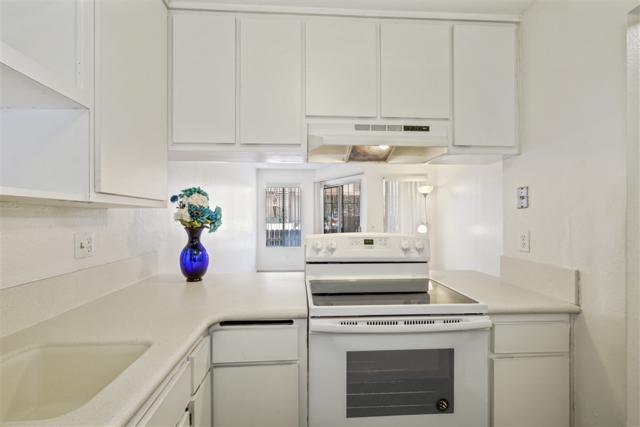 2783 C Street #4, San Diego, CA 92102 (#190037468) :: Neuman & Neuman Real Estate Inc.