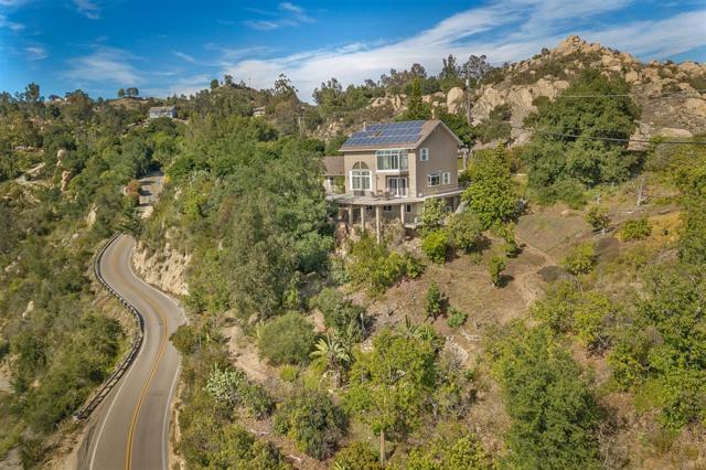 1428 Rainbow Crest Rd, Fallbrook, CA 92028 (#190037847) :: Neuman & Neuman Real Estate Inc.