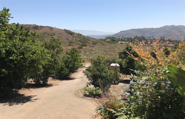 950 El Paseo, Vista, CA 92084 (#190038336) :: Neuman & Neuman Real Estate Inc.
