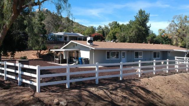 13849 Camino Canada, El Cajon, CA 92021 (#190039630) :: Neuman & Neuman Real Estate Inc.