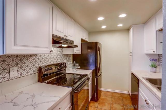 5702 Bates St #10, San Diego, CA 92115 (#190041032) :: Neuman & Neuman Real Estate Inc.