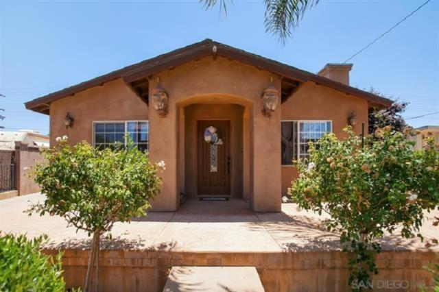 1028 B St., Ramona, CA 92065 (#190041546) :: Neuman & Neuman Real Estate Inc.