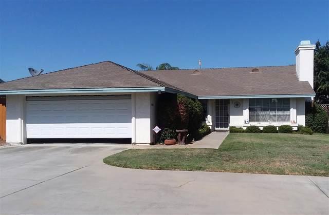1040 Tabby Lane, Escondido, CA 92026 (#190044652) :: Neuman & Neuman Real Estate Inc.