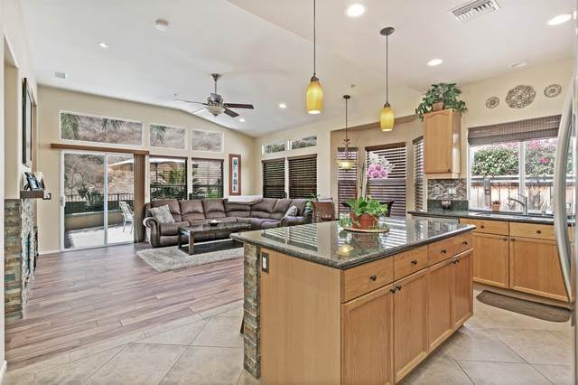 2465 Fallbrook Place, Escondido, CA 92027 (#190045392) :: Whissel Realty