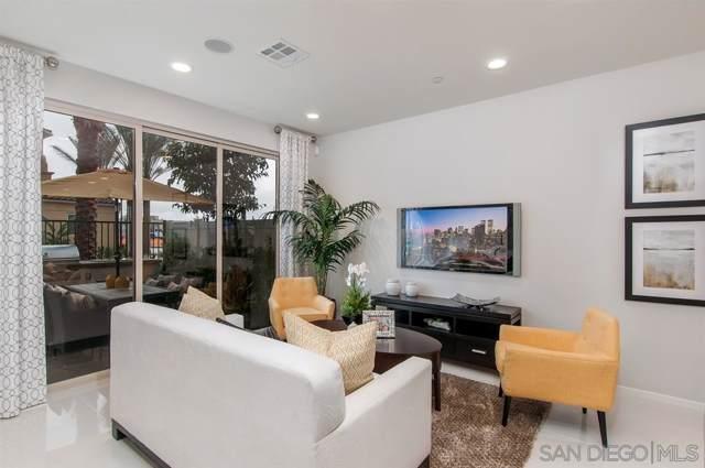 1129 Via Lucero 220, Oceanside, CA 92056 (#190046639) :: Allison James Estates and Homes