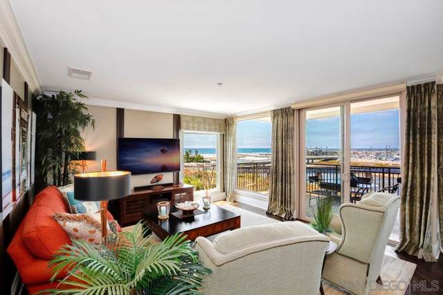 1019 Costa Pacifica Way #1301, Oceanside, CA 92054 (#190046718) :: Whissel Realty