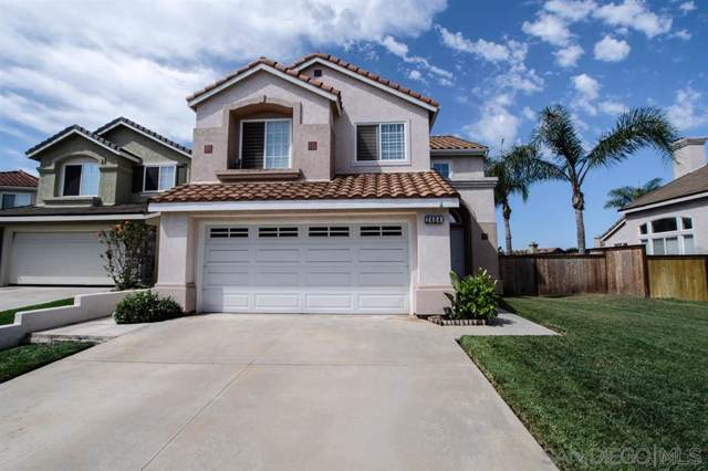 2484 Bear Rock Gln, Escondido, CA 92026 (#190046879) :: Whissel Realty