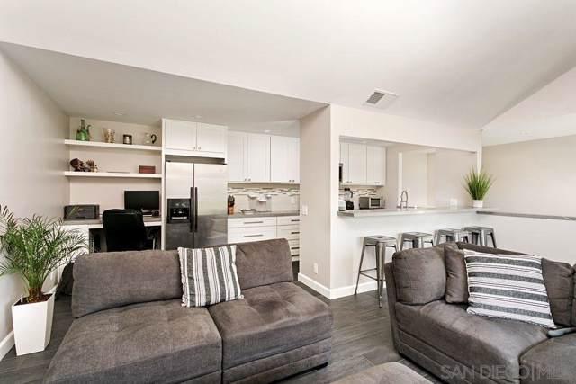 306 Windy Lane, Vista, CA 92083 (#190046900) :: Neuman & Neuman Real Estate Inc.