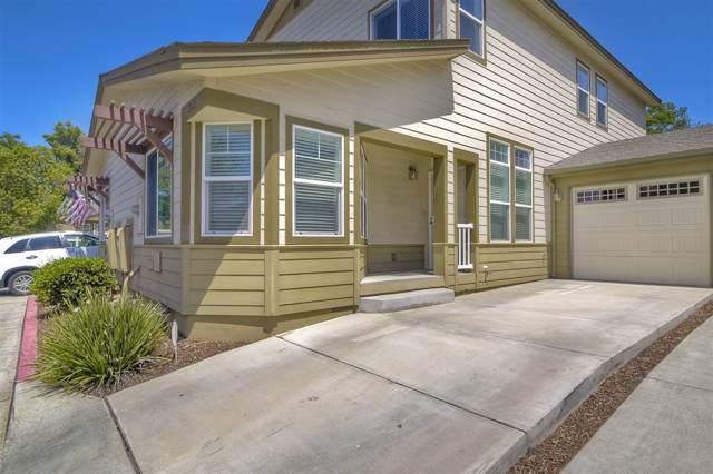 375 Brotherton Glen, Escondido, CA 92025 (#190047234) :: Whissel Realty