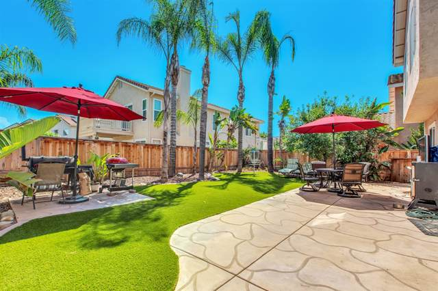 339 River Trail Pl, Santee, CA 92071 (#190049997) :: Whissel Realty