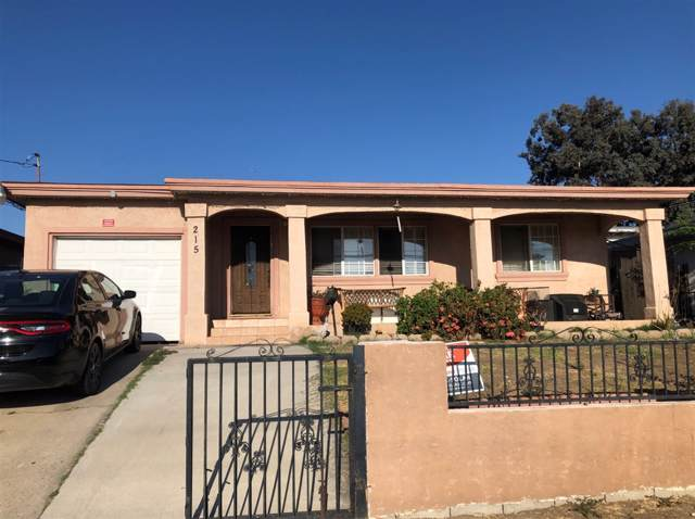 215 Harbison Ave, National City, CA 91950 (#190051306) :: Whissel Realty