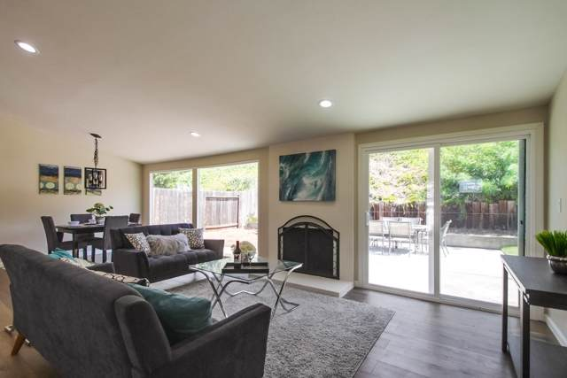 2831 Mobley St, San Diego, CA 92123 (#190051632) :: Farland Realty