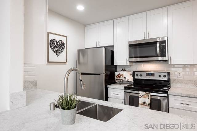 3870 37th Street #2, San Diego, CA 92105 (#190051975) :: Whissel Realty