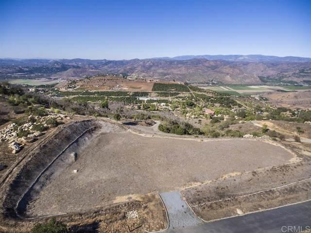Highland Mesa Drive #4, Escondido, CA 92025 (#190055016) :: Whissel Realty