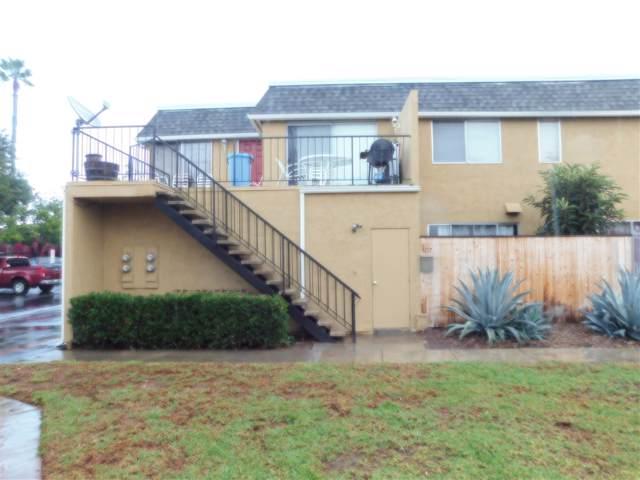 1217 Mariposa Court, Vista, CA 92084 (#190055042) :: Neuman & Neuman Real Estate Inc.