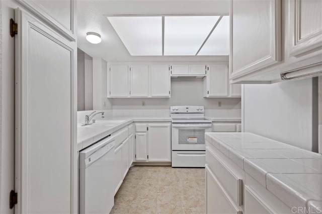 3618 Mission Mesa Way, San Diego, CA 92120 (#190059724) :: Neuman & Neuman Real Estate Inc.