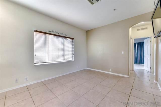 301 Brotherton Gln, Escondido, CA 92025 (#190060798) :: Neuman & Neuman Real Estate Inc.