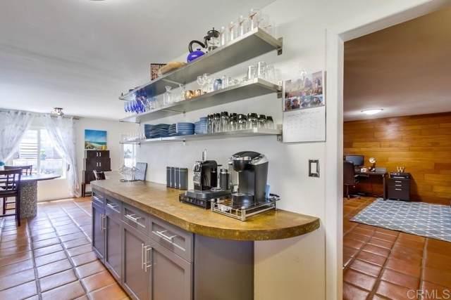 4504 Moraga Avenue, San Diego, CA 92117 (#190063388) :: Neuman & Neuman Real Estate Inc.
